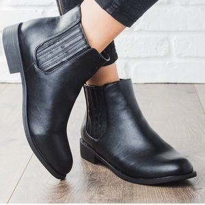 Ridged Classic Black Ankle Booties